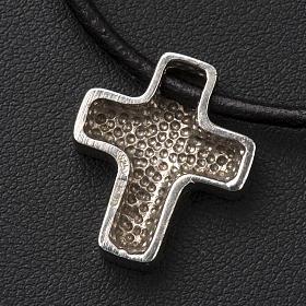 Cruz clásica de plata con cordón s4