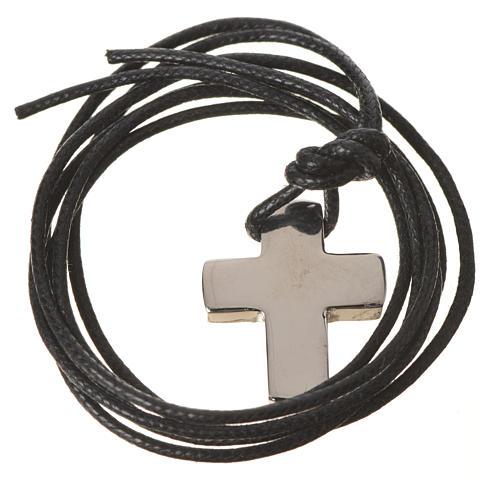 Cruz clásica de plata con cordón 7