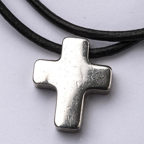 Pendant cross, classic with necklace 1