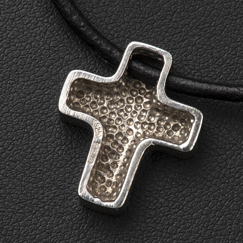 Pendant cross, classic with necklace 8