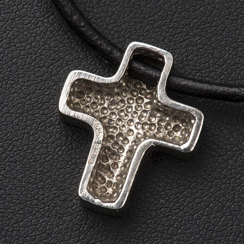 Pendant cross, classic with necklace 7
