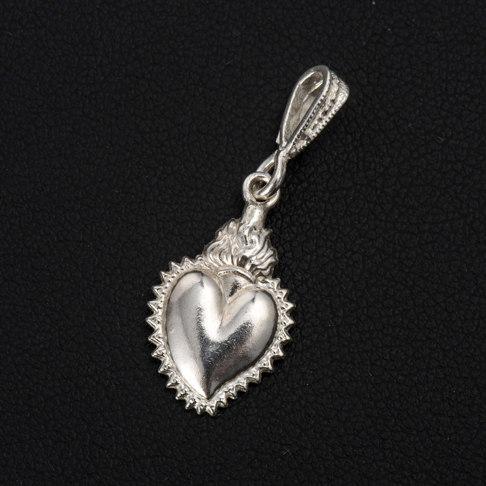 Colgante ex-voto forma corazón plata 800 4