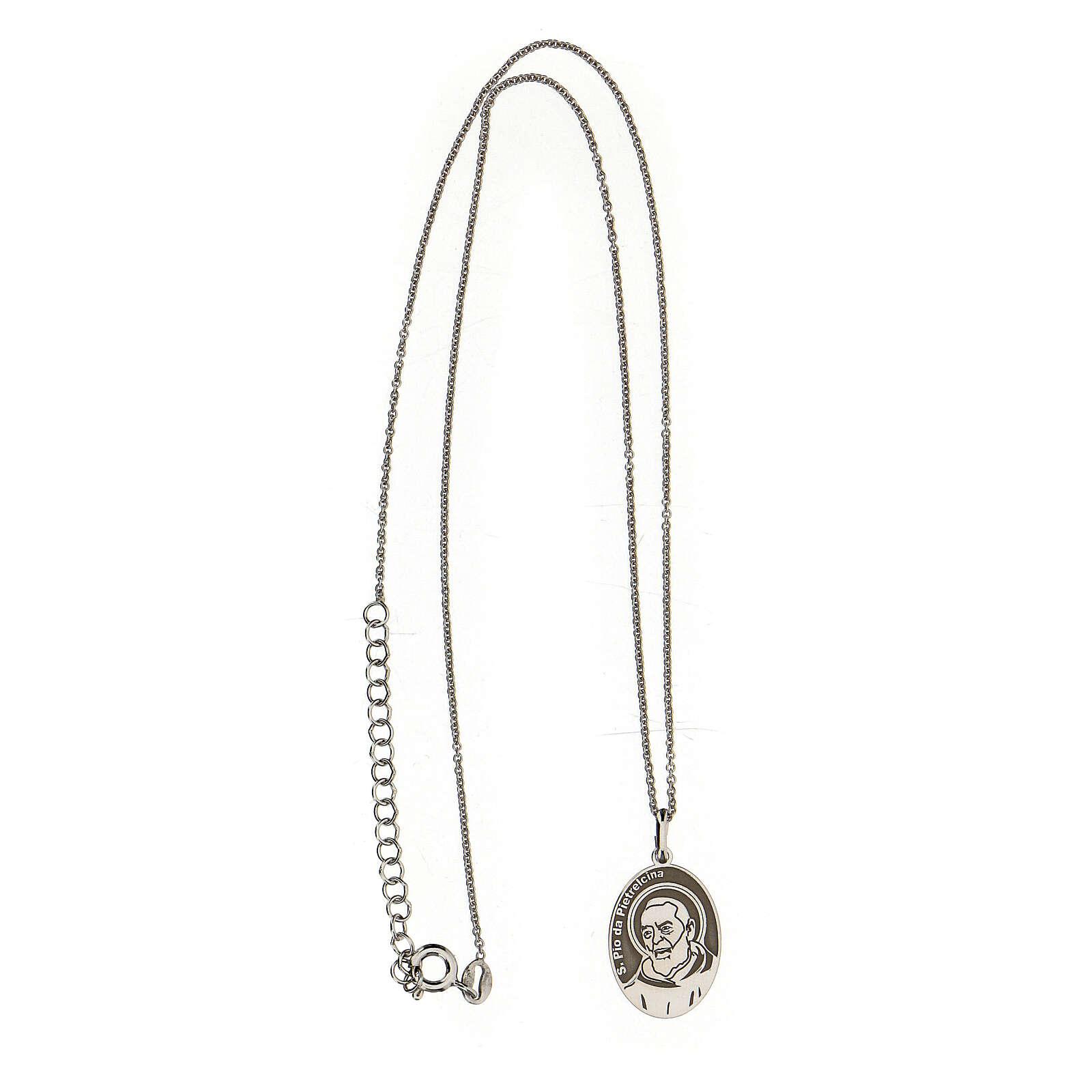 Collar San Pío ovalado plata 925 4