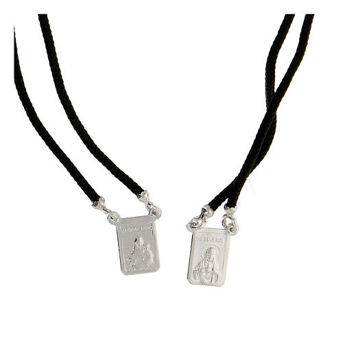 Scapolare nero sagola argento 925 medagliette rettangolari 2