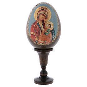 Oeufs Russes peintes: Icône Vierge avec enfant sur fond bleu
