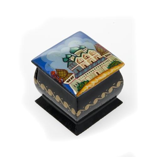 Lacquer box in papier-maché Blue