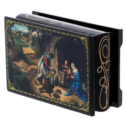 Russian papier-mâché and lacquer box The Adoration of the Shepherds 9x6 cm 2