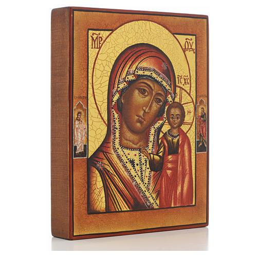 Icono rusa pintada Virgen de Kazan con 2 santos 2