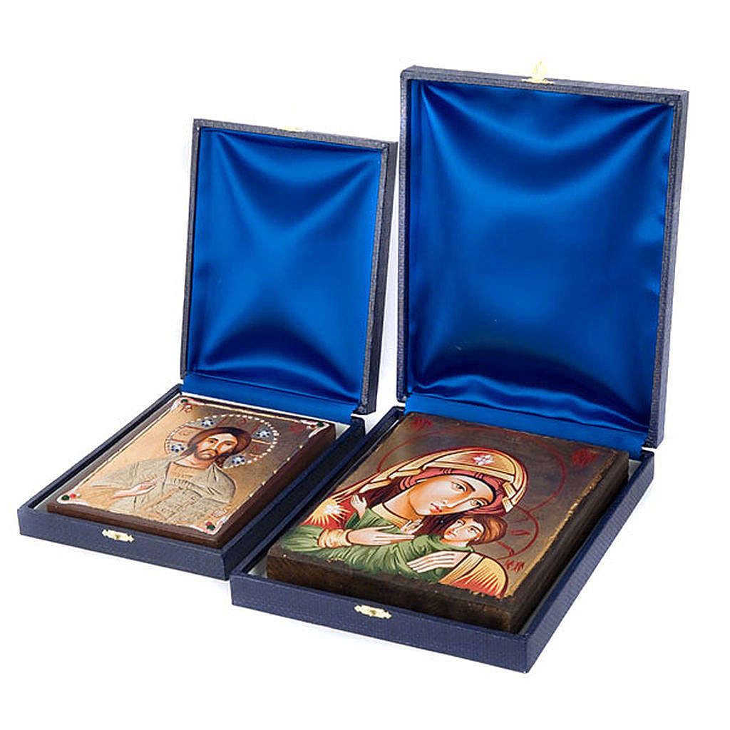 Blue case for icon with internal satin covering 4