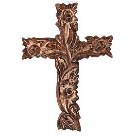 Crucifix in sculpted wood s1