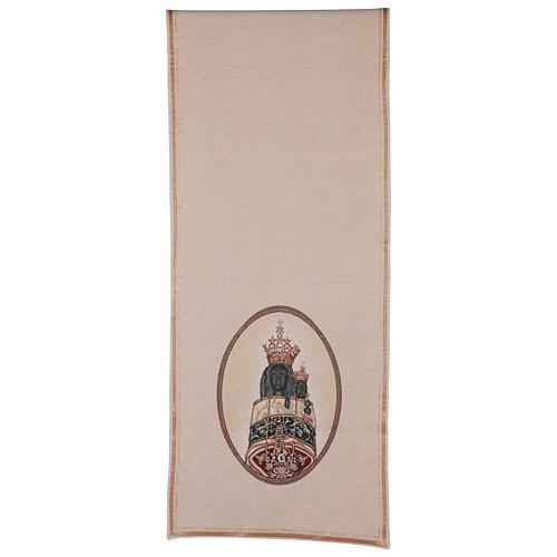 Coprileggio Madonna di Loreto ricamata su tessuto avorio 3