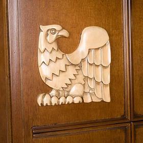 Ambón madera de nogal símbolo 4 evangelistas s3