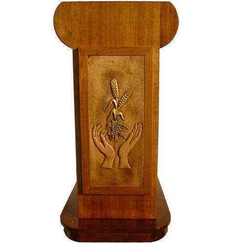 Ambone in legno massello con pedana 135x110x70 1