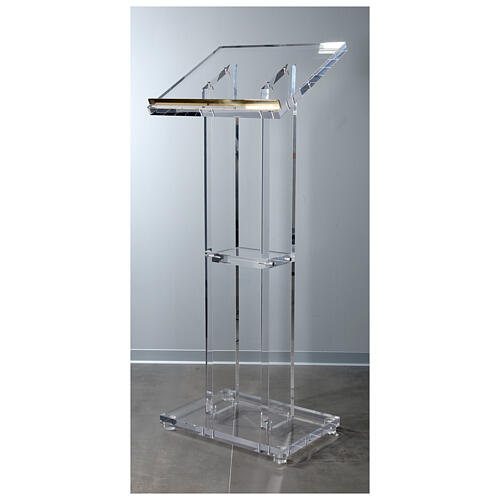 Molina lectern in perspex 1