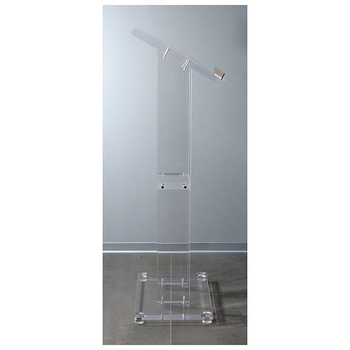 Molina lectern in perspex 8