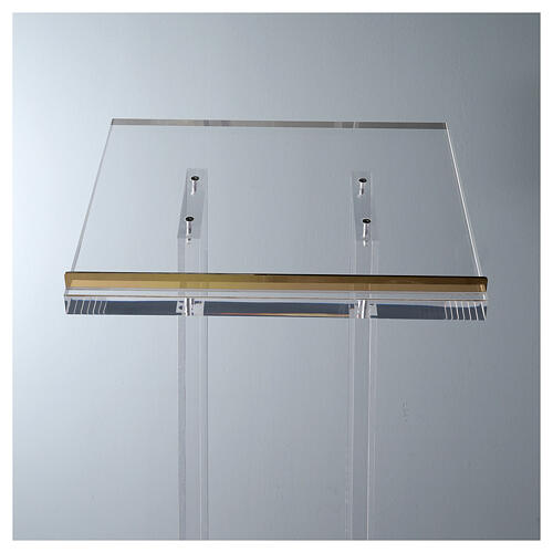 Molina lectern in perspex 5