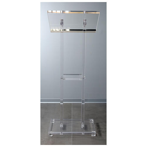 Molina lectern in perspex 10