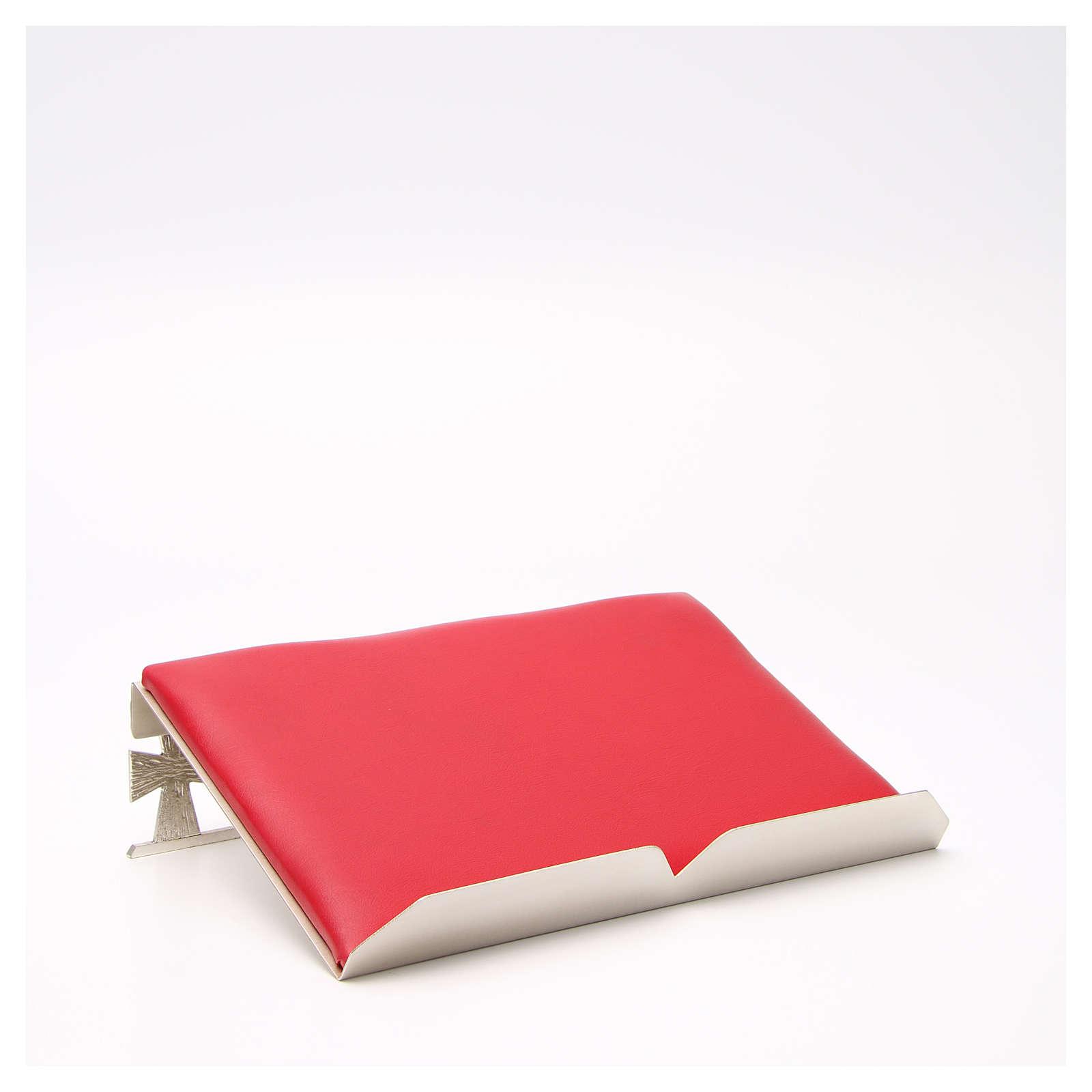 Atril de mesa plateado símil cuero rojo 4