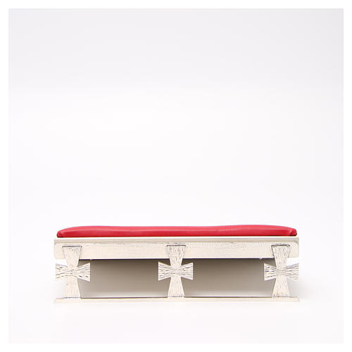 Atril de mesa plateado símil cuero rojo 1