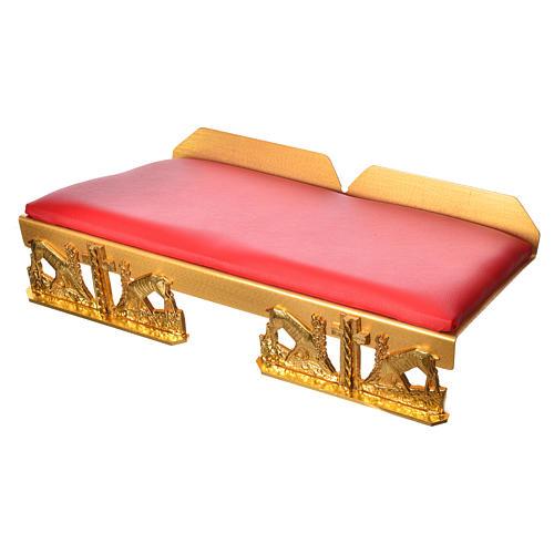 Atril de mesa latón dorado con cojín ciervos a la fuente 5