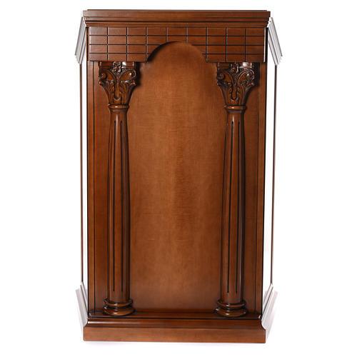 Ambón con columnas madera de nogal 2