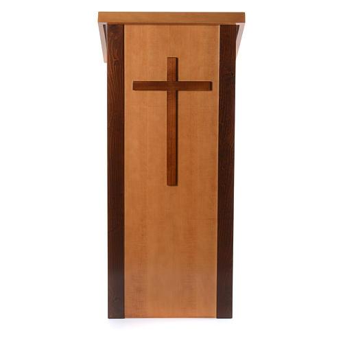 Ambón madera de nogal con cruz 1