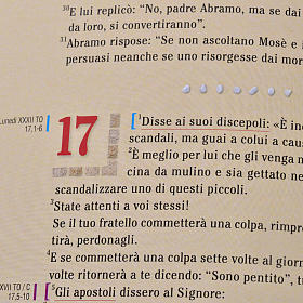 Evangiles avec images en couleur pour ambon ITALIEN s7