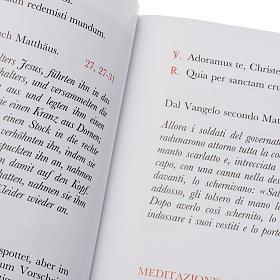 Via Crucis al Colosseo. Meditazioni del Cardinale Ratzinger 2005 s2