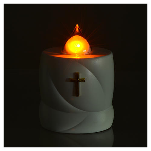 Lumada electric candle, white with cross and yellow flame 2