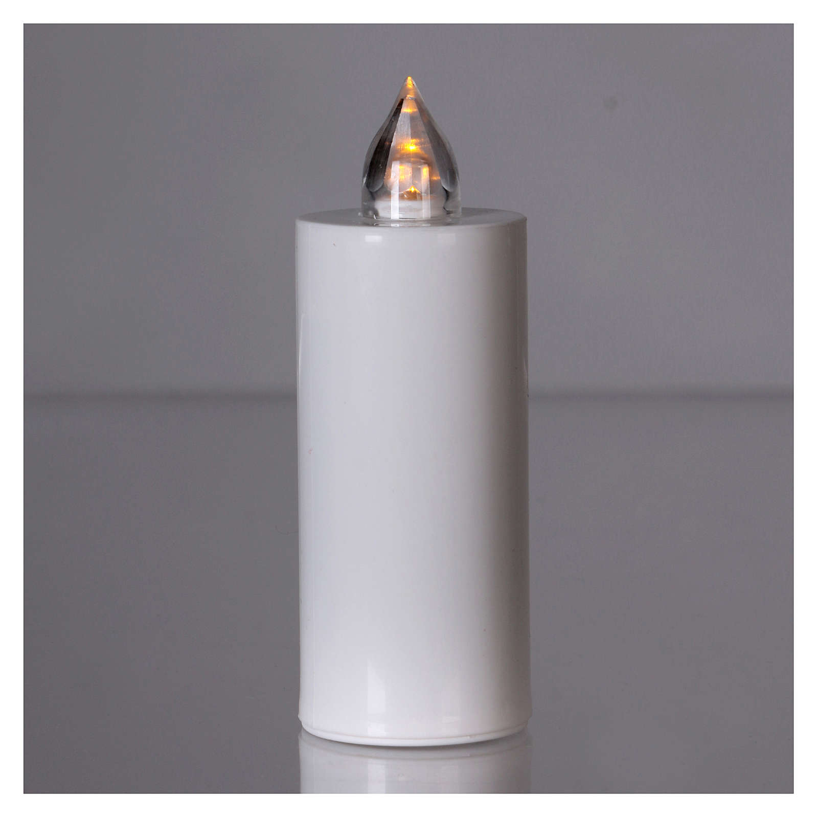 Lumada electric candle with yellow flickering light, disposable 3