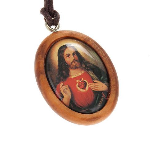 Medaglia ovale Sacro Cuore di Gesù legno olivo 1