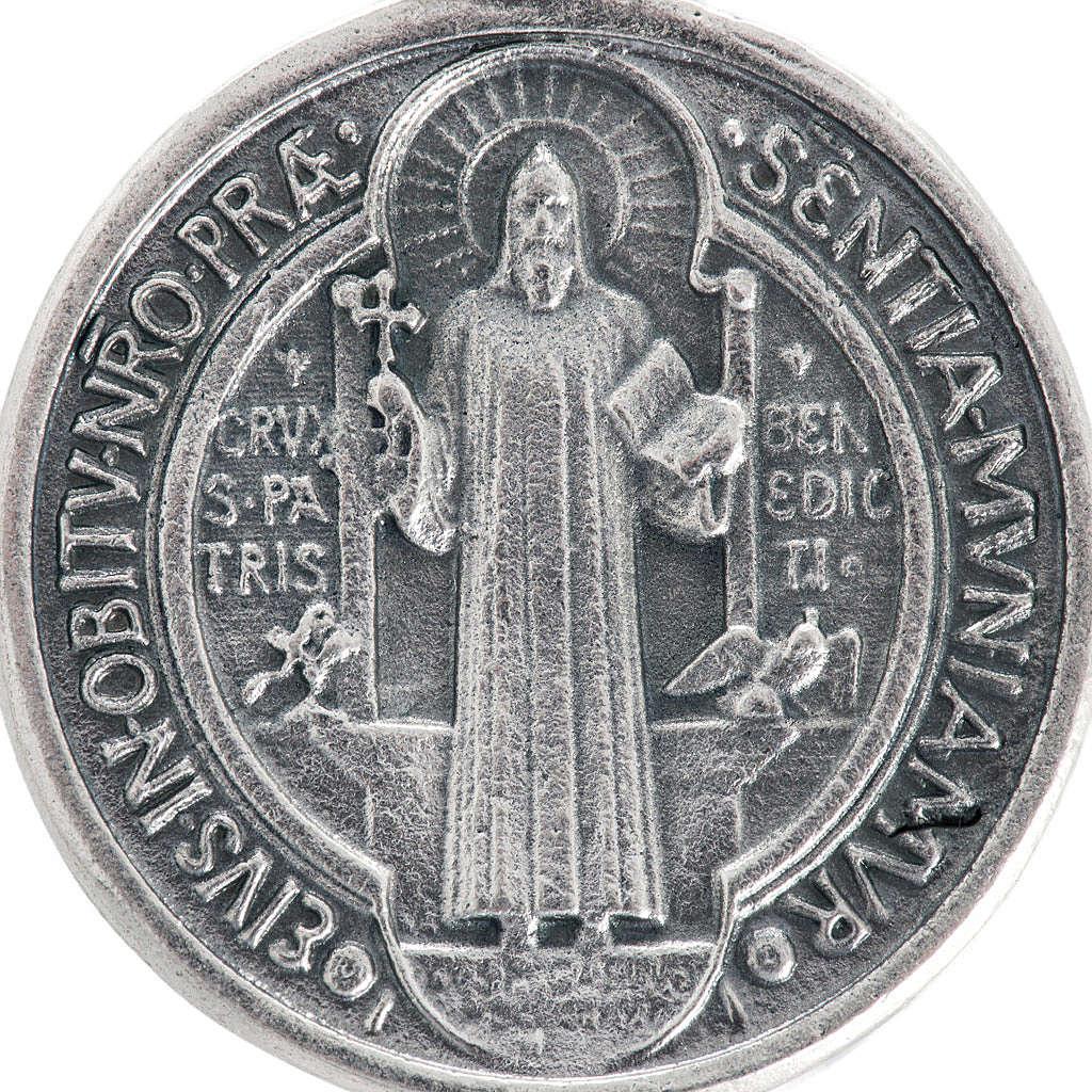 Medalla San Benito metal plateado de 3cm 4