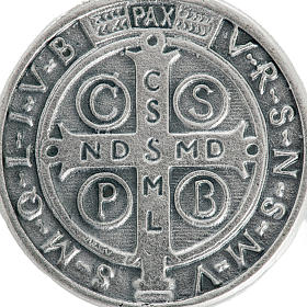Medaglia San Benedetto metallo argentato 3 cm s3
