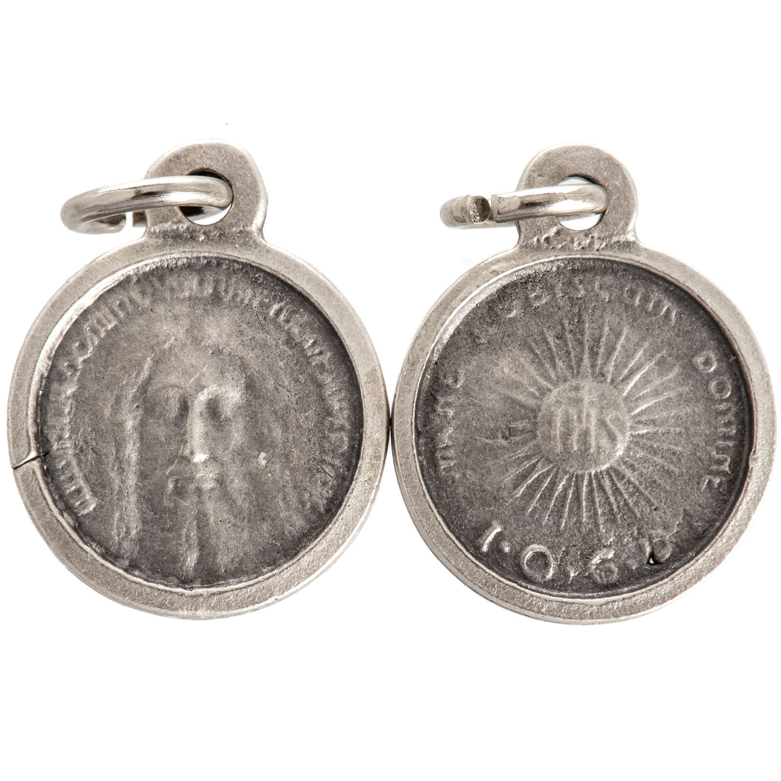 Face of Christ round medal in silver metal 16mm 4