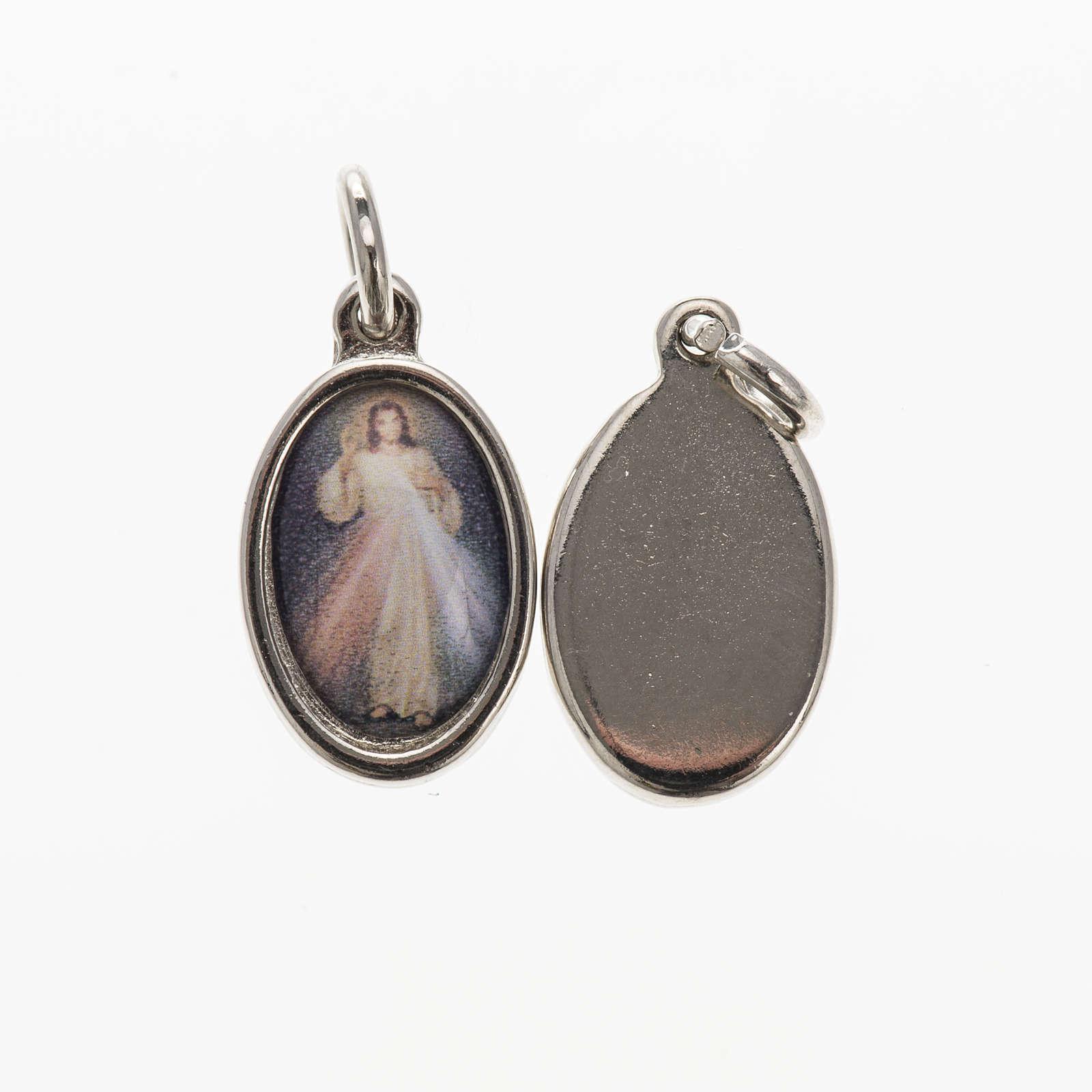 Medalha Cristo Misericordioso metal niquelado resina 1,5x1 cm 4