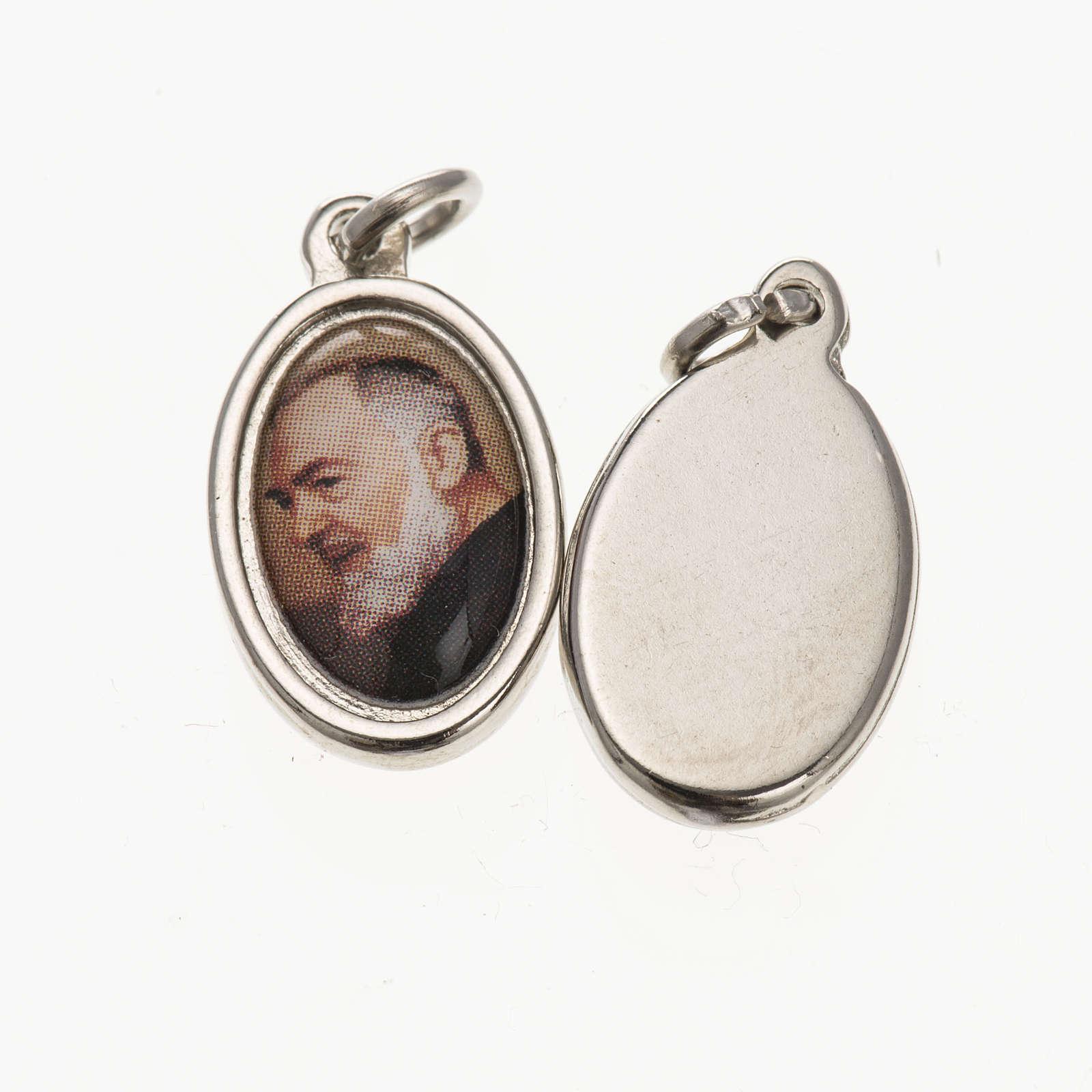Medaglia S. Padre Pio metallo argentato resina 1,5x1 cm 4