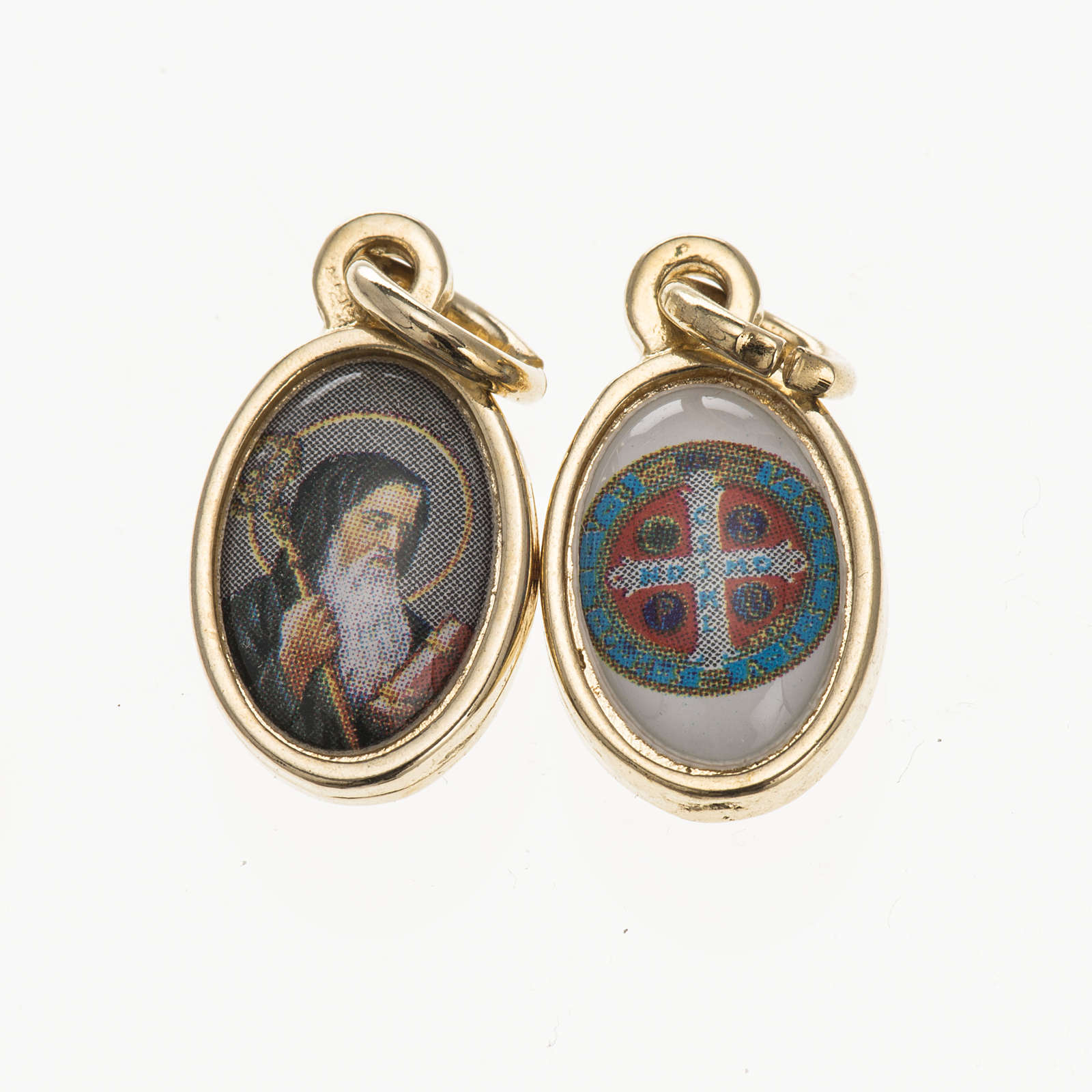 Double medal, Saint Benedict and cross in golden metal and resin 4