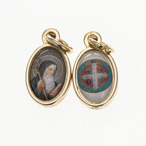 Double medal, Saint Benedict and cross in golden metal and resin 1