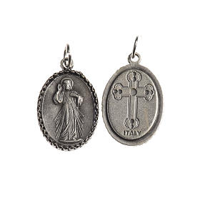 Medalha Cristo Misericordioso oval borda decorada zamak prata antiga s1