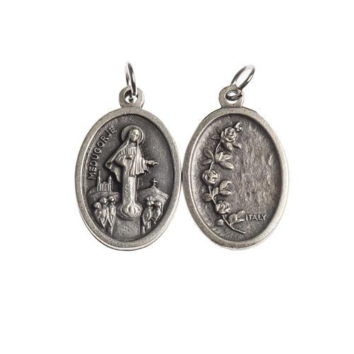 Médaille Medjugorje ovale galvanisée argent vieill 1