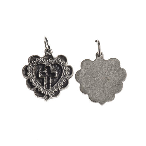Medalha Cruz Coração 17 mm zamak prata antiga 1