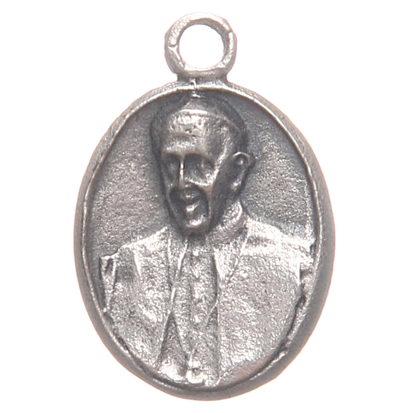 Pequeña medalla Papa Francisco y Jesús Misericordioso 4