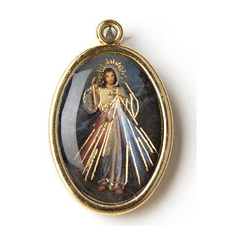 Medalla Dorada con imagen Resinada Jesús Misericordioso 1
