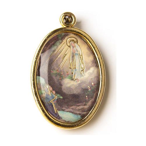 Médaille dorée avec image résinée Notre-Dame de Lourdes 1