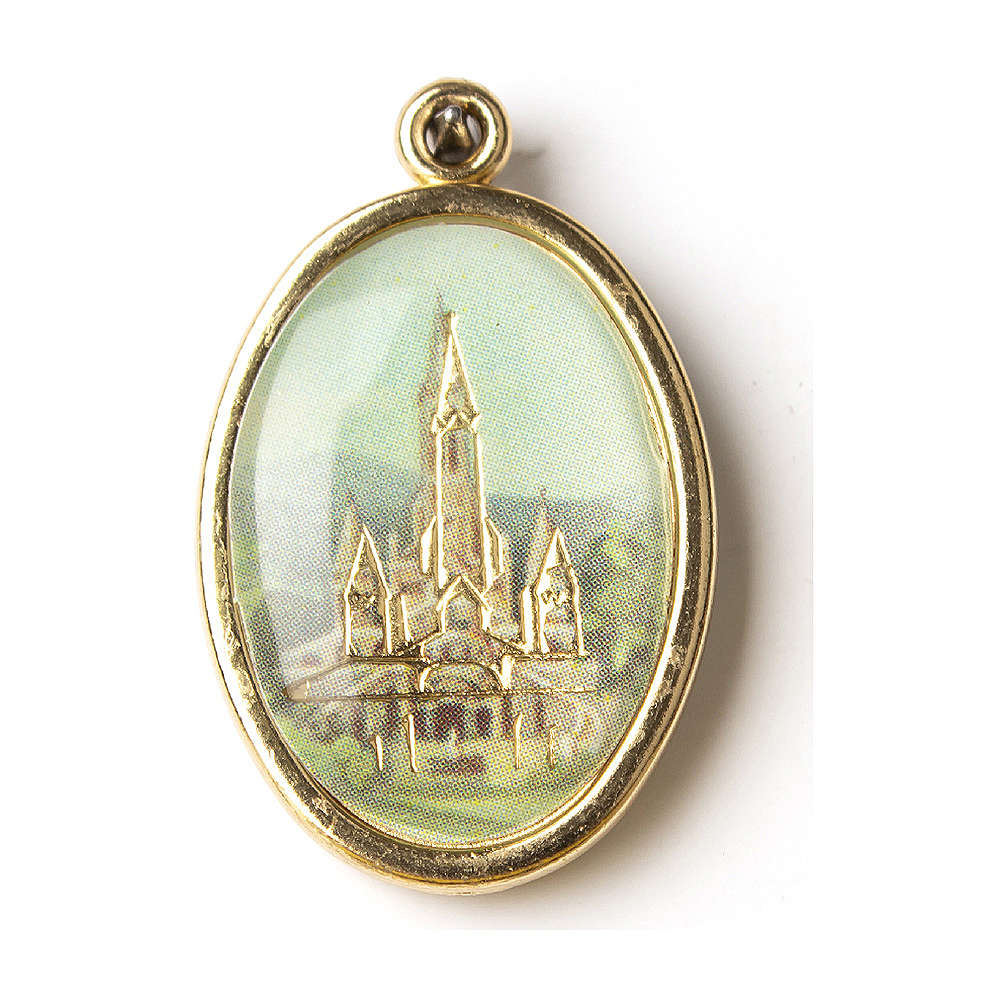 Golden medal with resin image of the Sanctuary of Lourdes 4