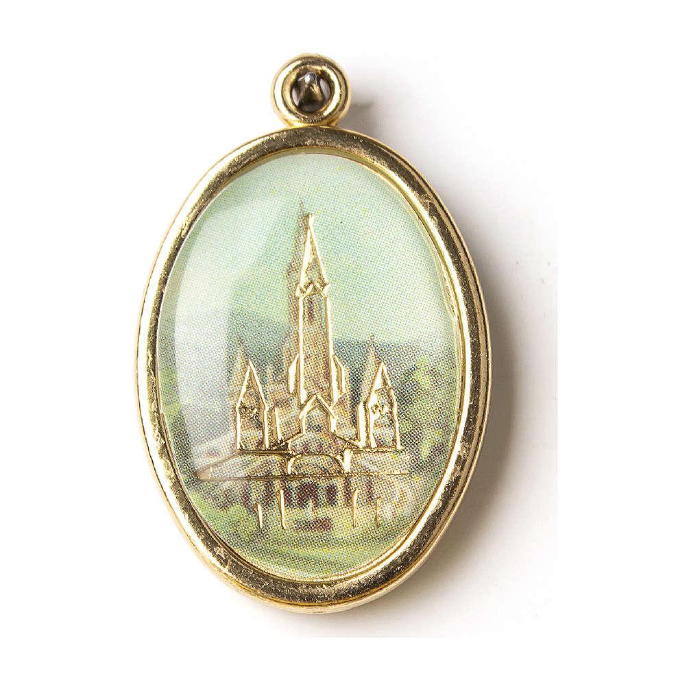 Medalla Dorada con imagen Resinada Santuario de Lourdes 4