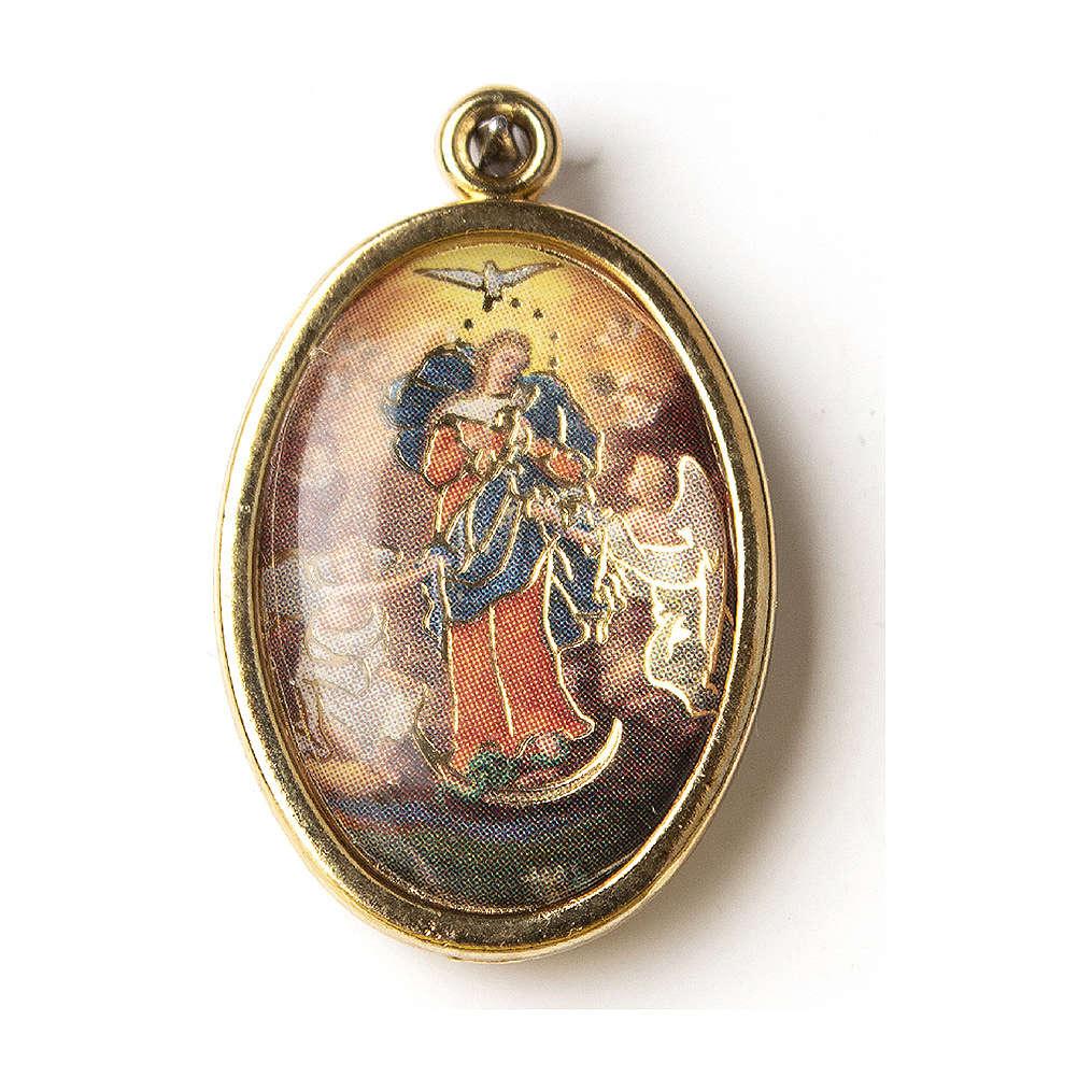 Medaglia Dorata con immagine Resinata Madonna che scioglie i nodi 4