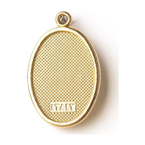Medalha dourada com imagem Nossa Senhora de Fátima resina 2