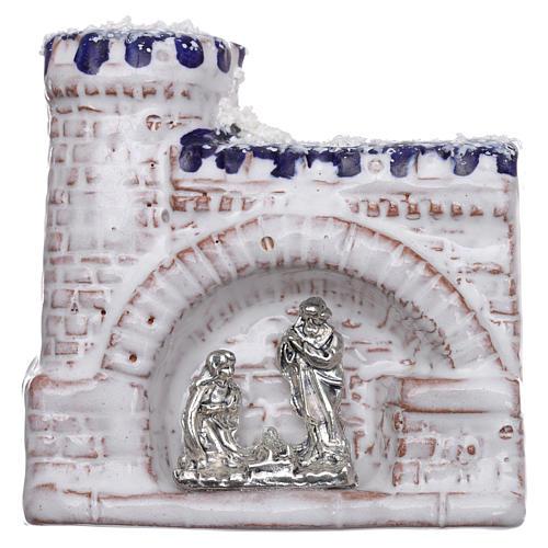 Magnete terracotta Deruta castello  blu e bianco e Natività in metallo 1