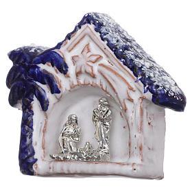 Imán cabaña nevada con palma azul con Natividad terracota Deruta s2